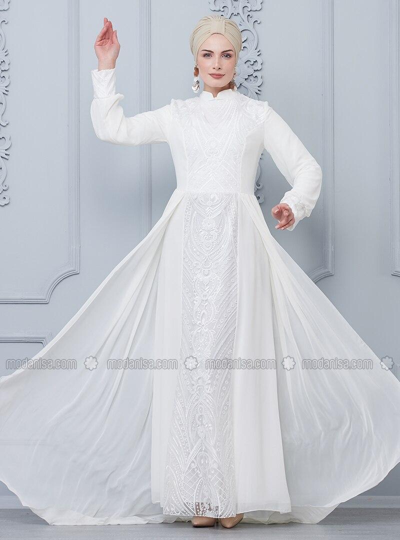 5e91c49b024b0 Dantelli Pileli Kuyruklu Abiye Elbise - Beyaz