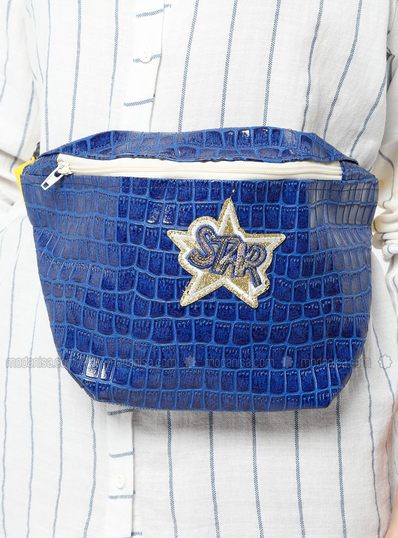 Blue - Clutch Bags / Handbags