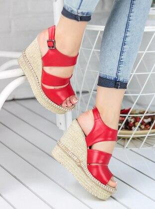 Awon Topuklu Ayakkabı - Kırmızı