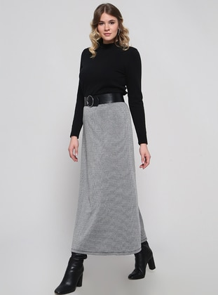 Black - Houndstooth - Unlined - Plus Size Skirt