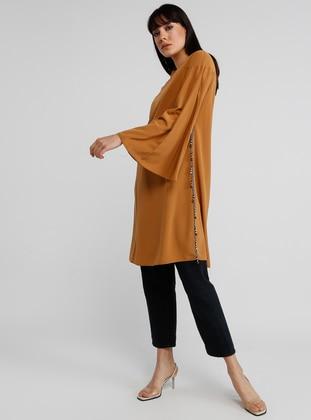 8fc565513 ملابس علوية مقاس كبير للمحجبات - ملابس محجبات - Modanisa.com - 33/40