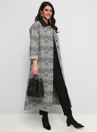 Black - White - Zebra - Unlined - Round Collar - Plus Size Coat
