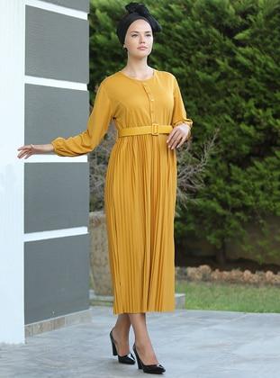 Mustard - Crew neck - Dresses