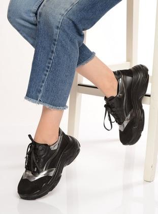 Black – Sport – Sports Shoes – Shoestime