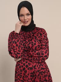 Red - Leopard - Crew neck - Unlined - Dresses