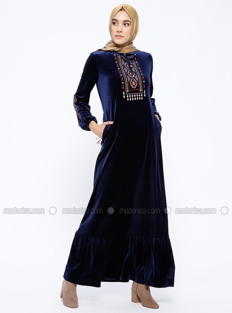3e121ef3e49fe Nakışlı Kadife Elbise - Lacivert