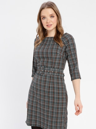 Green - Plaid - Boat neck - Unlined - Dresses