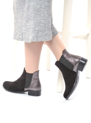 Black – Silver Tone – Boot – Boots – Shoestime