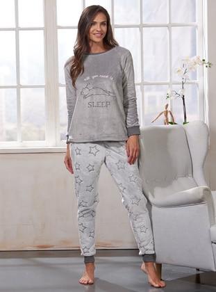 Nakışlı Polar Pijama Takımı - Gri - Sevim Ürün Resmi