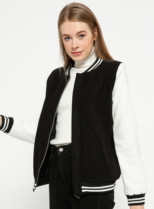 Black - White - Fully Lined - Crew neck - Puffer Jackets