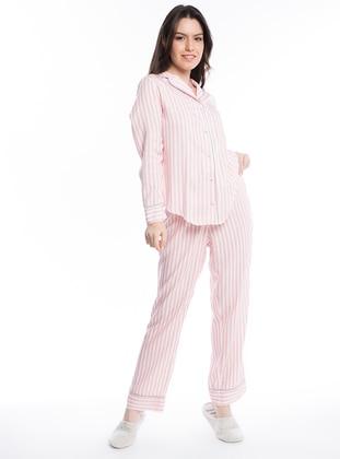 Düz Çizgili Gömlek Pijama Takımı - Pembe - Pamuk&Pamuk Ürün Resmi