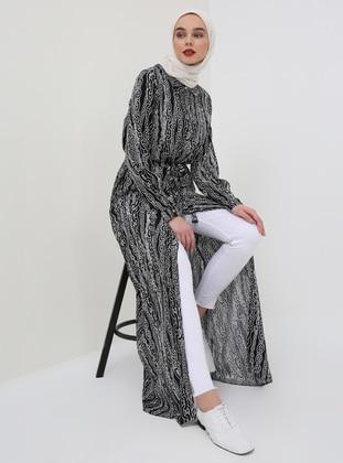 Black - White - Multi - Point Collar - Unlined - Viscose - Dresses