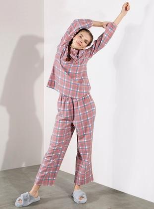 Ekoseli Dokuma Pijama Takımı - Kırmızı - Akel Ürün Resmi
