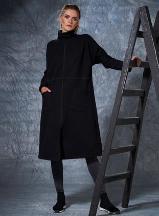 Polo neck - Black - Sweat-shirt - Eda Atalay