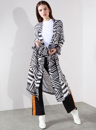 2ff6339a2a930 Geometrik Desen Dokuma Kimono - Siyah Ekru