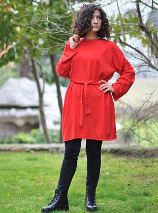 Red - Crew neck - Knitwear - Minimal Moda