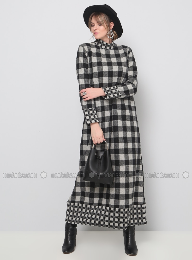 Black - Gray - Checkered - Unlined - Polo neck - Plus Size Dress