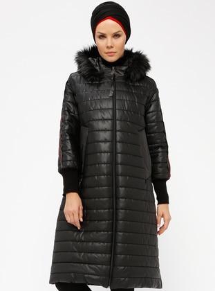 Black - Fully Lined - Polo neck - Coat