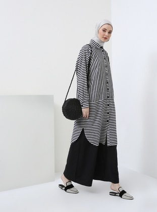 Black - White - Stripe - Point Collar - Tunic