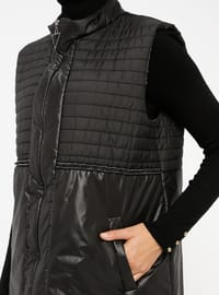 Black - Fully Lined - Polo neck - Vest