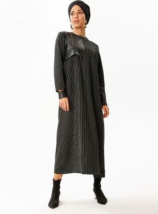 Black - Stripe - Crew neck - Dresses