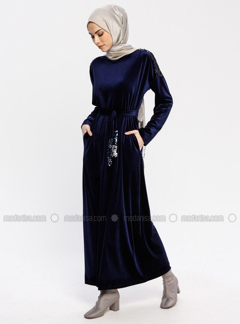 c166edbc381ef Payetli Kadife Elbise - Lacivert