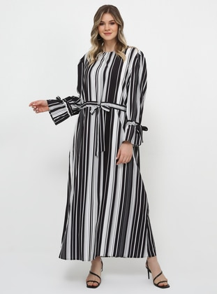 Black - White - Stripe - Unlined - Crew neck - Plus Size Dress
