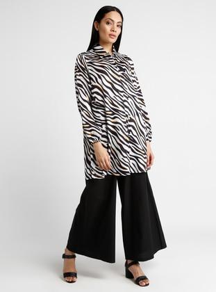 Black - Zebra - Point Collar - Tunic