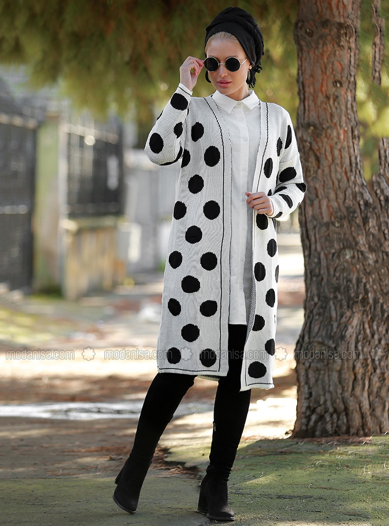 White - Polka Dot - V neck Collar - Cardigan