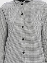 Black - White - Multi - Point Collar - Blouses