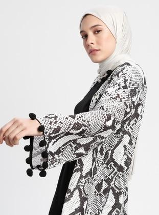 Multi - Ethnic - Multi - Unlined - Abaya