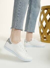 White - Casual - White - Casual - Sports Shoes
