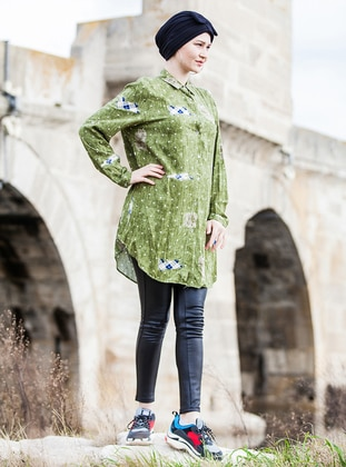 Green - Multi - Point Collar - Plus Size Tunic