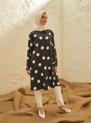 Black - White - Polka Dot - Point Collar - Tunic