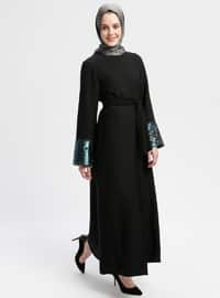 Siyah - Zümrüt Yeşili - Astarsız kumaş - Yuvarlak yakalı - Ferace