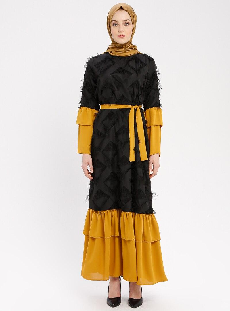 Tuncay Hardal Siyah Püskül Detaylı Elbise