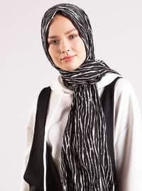 Black - White - Printed - Shawl