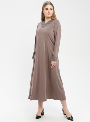 Minc - V neck Collar - Unlined - Dress