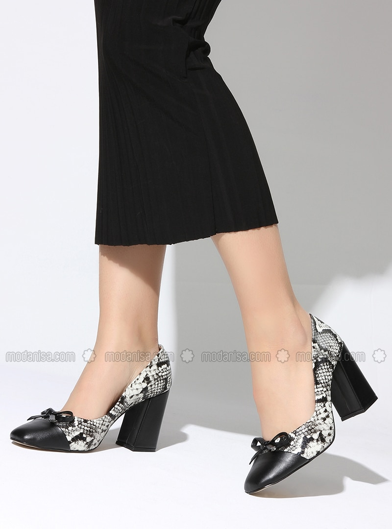 Black White High Heel Sports Shoes