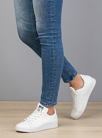 White - Casual - Flat Shoes