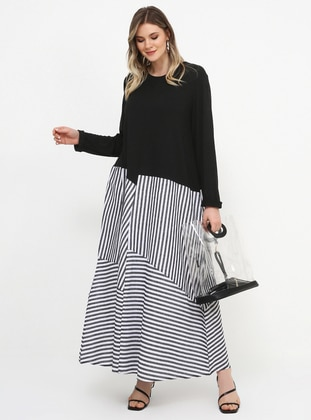 Black - White - Stripe - Unlined - Crew neck - Viscose - Plus Size Dress