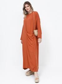 - Astarsız kumaş - Yuvarlak yakalı - Viskon - Büyük beden elbise