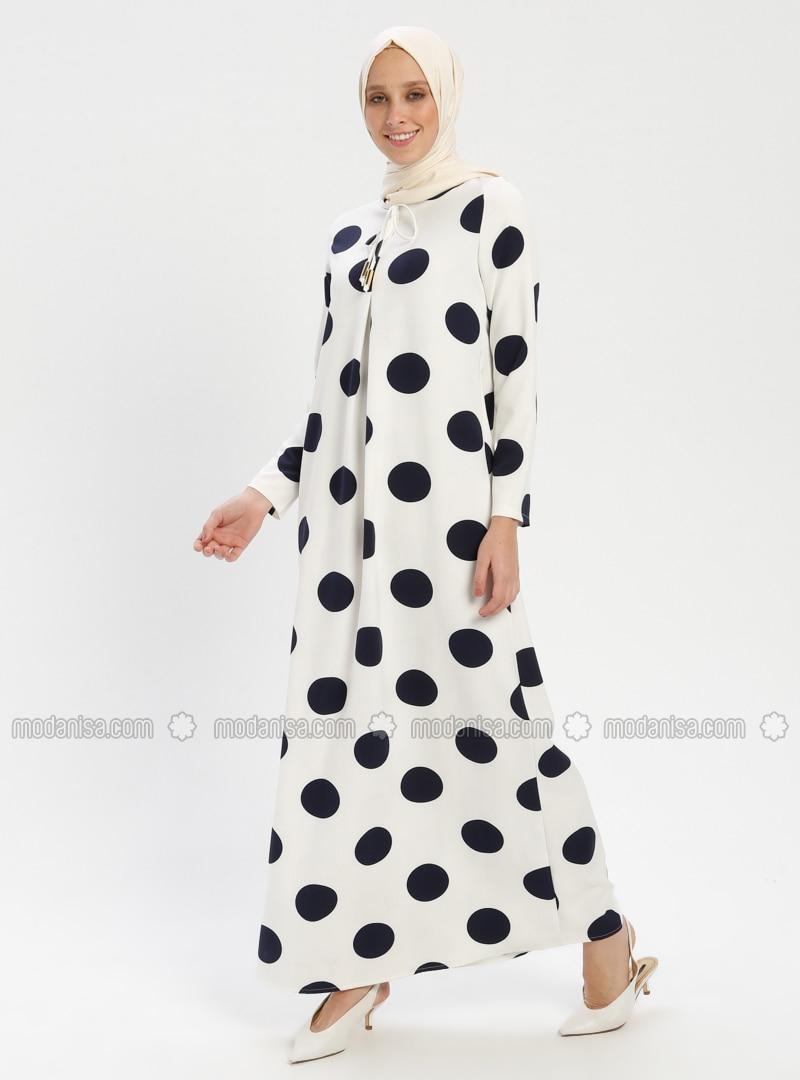 7c35f75929796 Puantiyeli Elbise - Beyaz