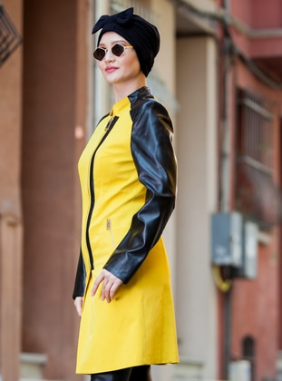Black - Yellow - Fully Lined - Crew neck - Topcoat