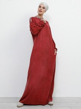 5288ec4dd1d31 Bordo Tesettür Elbise Modelleri ve Fiyatları - Modanisa.com