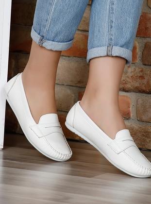White - Flat - Flat Shoes