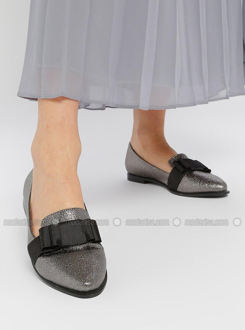 86e54cb00 Silver - Flat - Flat Shoes. Fotoğrafı büyütmek için tıklayın