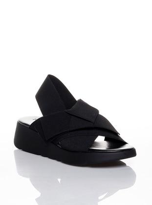Black - Casual - Shoes - Efem