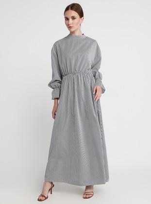 e6ee22a1d فساتين مقاس كبير للمحجبات - ملابس محجبات - Modanisa.com - 3/33