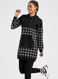 Black - Multi - Tracksuit Set